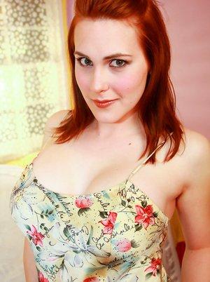 Big Tit Ladyboy Pictures