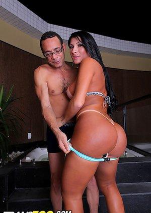Big Booty Ladyboy Pictures